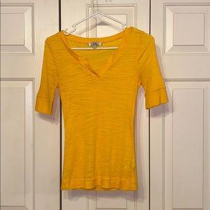lei yellow striped Top